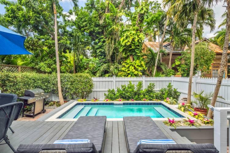 Chavez House pool