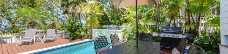 sea vista pool deck
